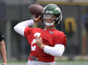 New York Jets first-round draft pick Zach Wilson works out during NFL football rookie camp, Friday, May 7, 2021, in Florham Park, N.J. (AP Photo/Bill Kostroun)