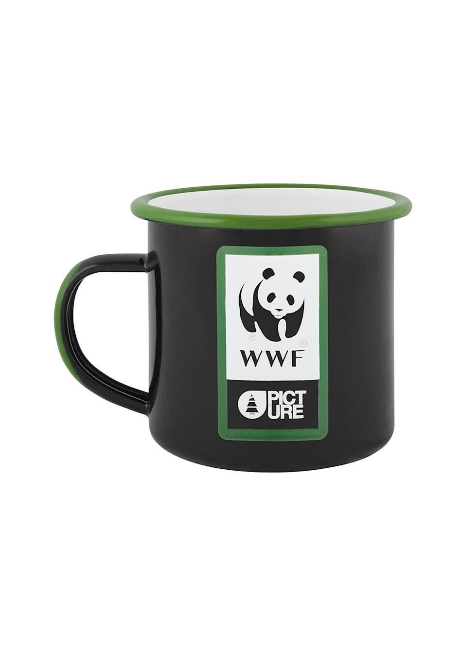 """12 €<br><br><a href=""""https://www.picture-organic-clothing.com/collection/fr/gourdes-thermos/3306-wwf-sherman-cup.html?search_query=wwf&results=19"""" rel=""""nofollow noopener"""" target=""""_blank"""" data-ylk=""""slk:Acheter"""" class=""""link rapid-noclick-resp"""">Acheter</a>"""