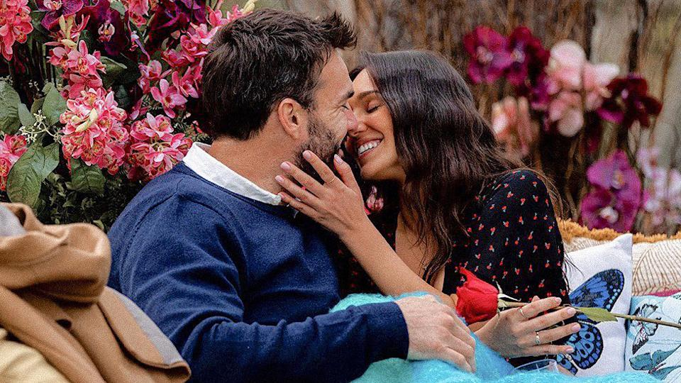 """Bella Varelis has revealed in a new YouTube video that she believes she """"dodged a massive bullet"""" when Locky Gilbert didn't pick her in the Bachelor finale. Photo: Ten"""