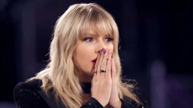 Taylor Swift Gets Emotional After Hearing Tearful 'Voice' Contestant's Story