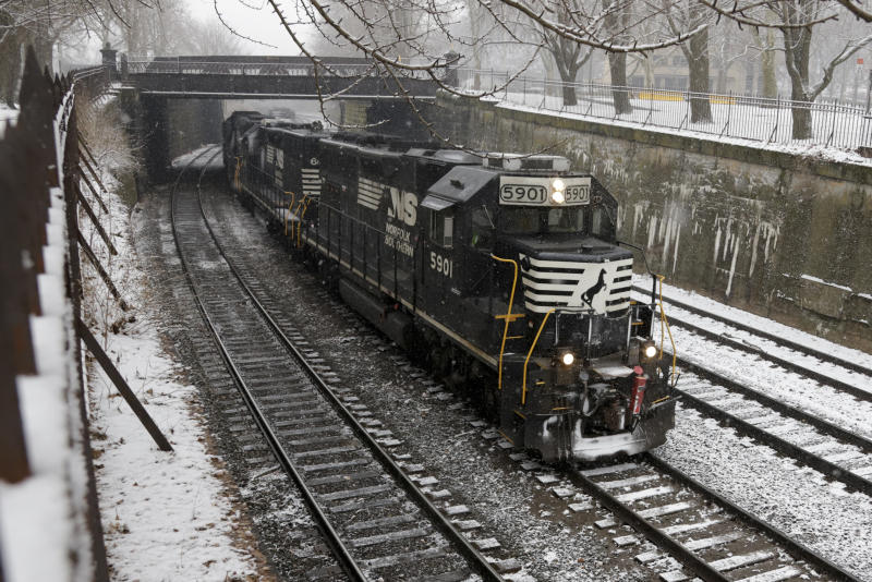 Norfolk Southern railroad hauls in 23% more profit