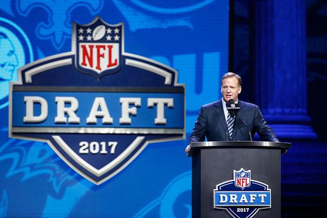 Roger Goodell deals with boos at every NFL draft. (Getty)