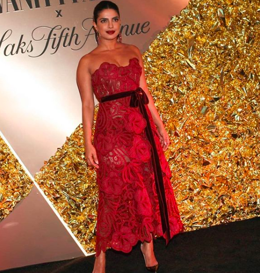 Priyanka Chopra is a vision in red at Vanity Fair's best-dressed party