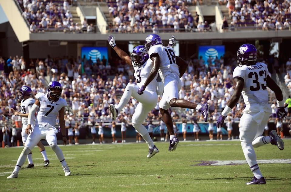 FORT WORTH, TX – SEPTEMBER 16: Shaun Nixon #3 of the TCU Horned Frogs celebrates a touchdown with Jalen Reagor #18 of the TCU Horned Frogs in the first half against the Southern Methodist Mustangs at Amon G. Carter Stadium on September 16, 2017 in Fort Worth, Texas. (Photo by Ronald Martinez/Getty Images)