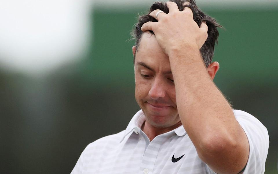Rory McIlroy shows his frustration - GETTY IMAGES