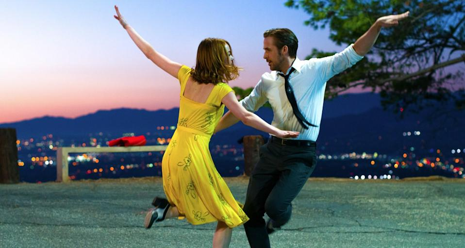 Emma Stone and Ryan Gosling in one of 'La La Land's many stand-out scenes. (Credit: Summit Entertainment)