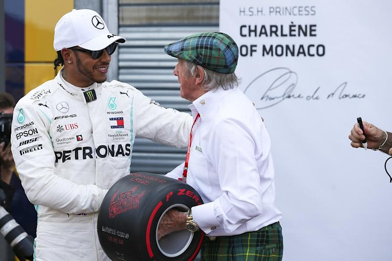 Hamilton doesn't understand older drivers' criticism
