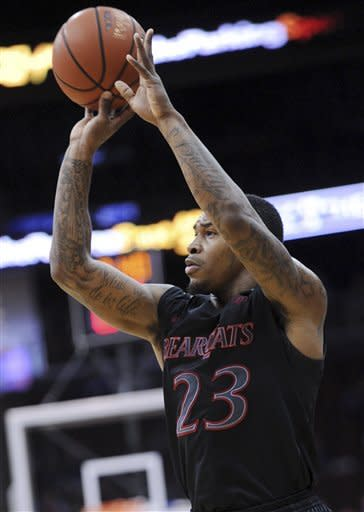 No. 24 Cincinnati beats Seton Hall 65-59