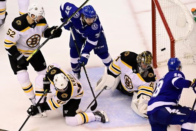Palat scores in overtime as Lightning down Bruins 4-3 to even series 1-1