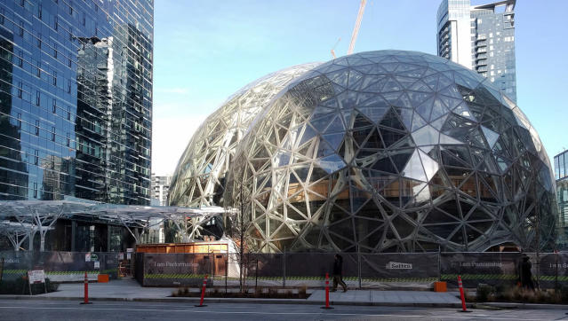 Amazon Biosphere at corporate headquarters in Seattle, WA. (Flickr/brewbooks)
