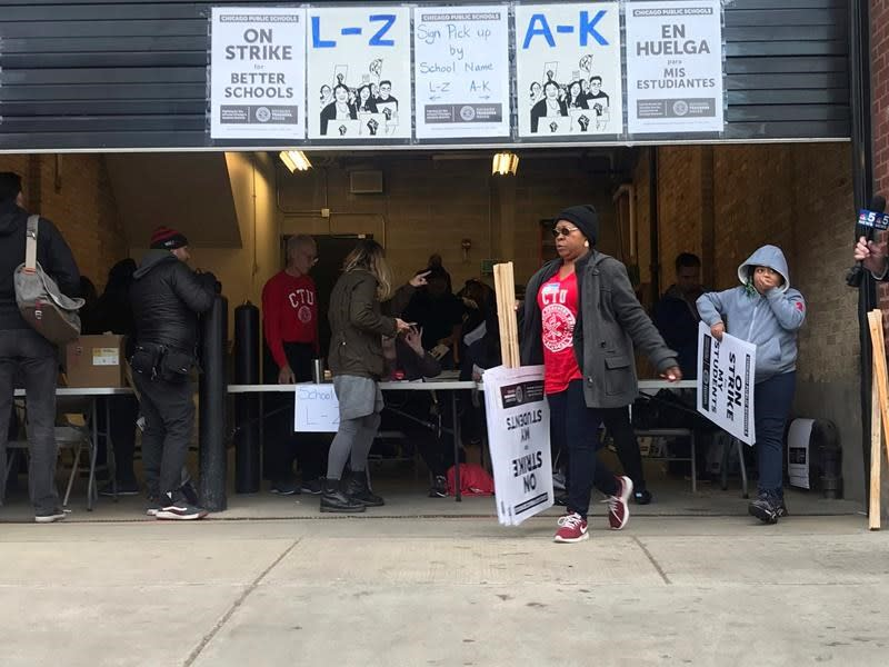 Chicago teachers to strike in nation's 3rd largest district