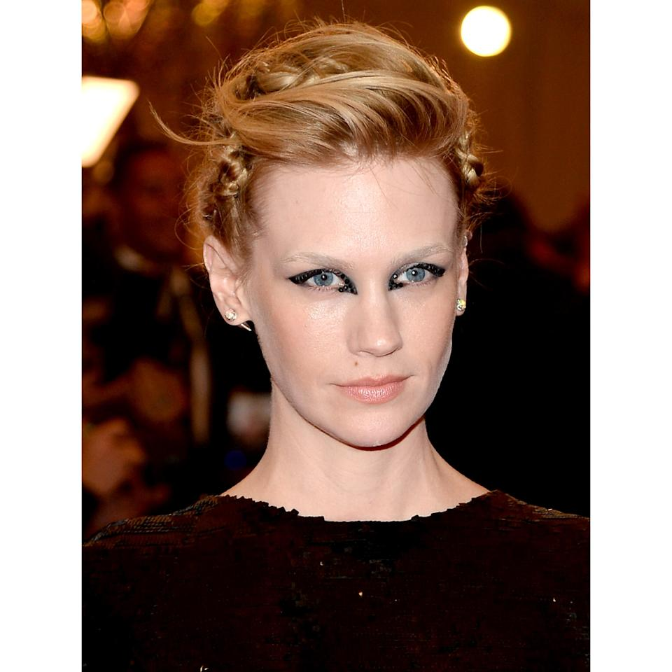 <p>There was something smartly spooky about the actress's disconnected cat-eye; petal pink cheeks and lips took the edge off.</p>