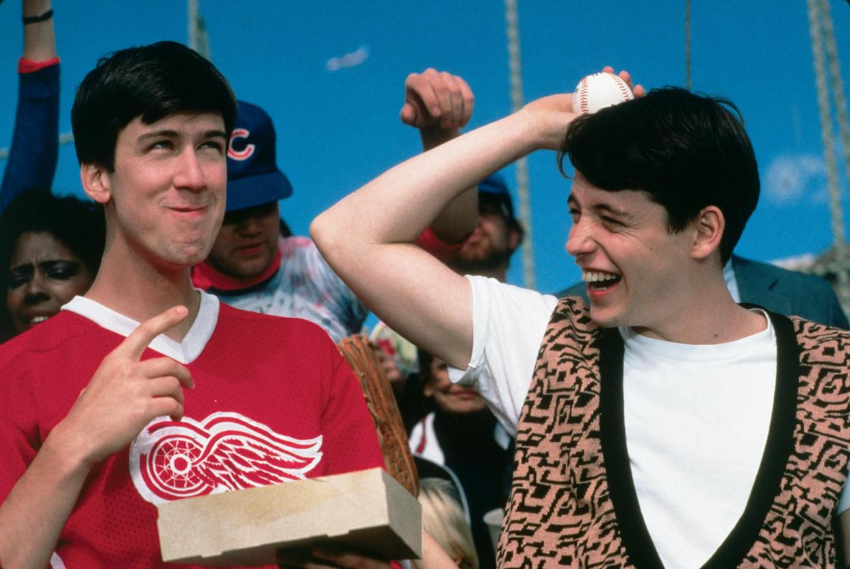 FERRIS BUELLER'S DAY OFF - A high school wise guy is determined to have a day off from school, despite what the principal thinks of that.