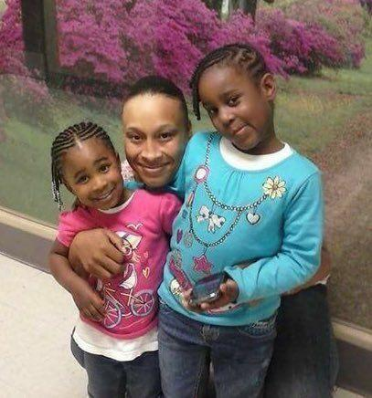 Malayya and Issah Zanasia Williams with their mother, Nashae Williams. All three were shot to death in Arkansas this month.