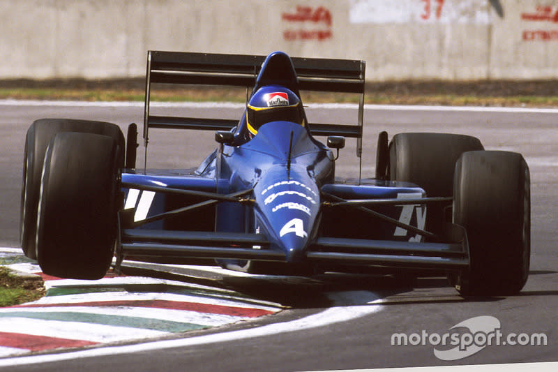 "Alboreto heads to his final F1 podium finish at Mexico in 1989. The Tyrrell 018 was a fine car, but sadly Michele would be gone by mid-season. <span class=""copyright"">Motorsport Images</span>"