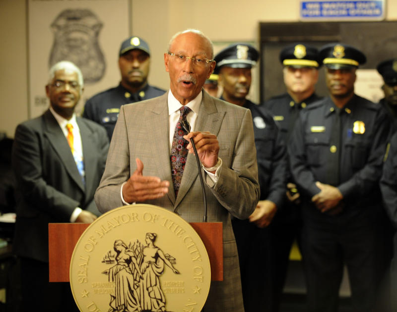 "Mayor Dave Bing announces Wednesday Dec. 5, 2012,the opening of 13 new Mini Police Stations within the city of Detroit.   The mayor made the announcement stressing the importance of bringing ""our police department and communities closer together.""   (AP Photo/Detroit News, Charles V. Tines )  DETROIT FREE PRESS OUT; HUFFINGTON POST OUT"