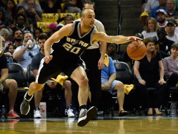 """<a class=""""link rapid-noclick-resp"""" href=""""/nba/players/3380/"""" data-ylk=""""slk:Manu Ginobili"""">Manu Ginobili</a> will continue to thrill NBA fans for at least another year. (AFP Photo/Frederick Breedon)"""