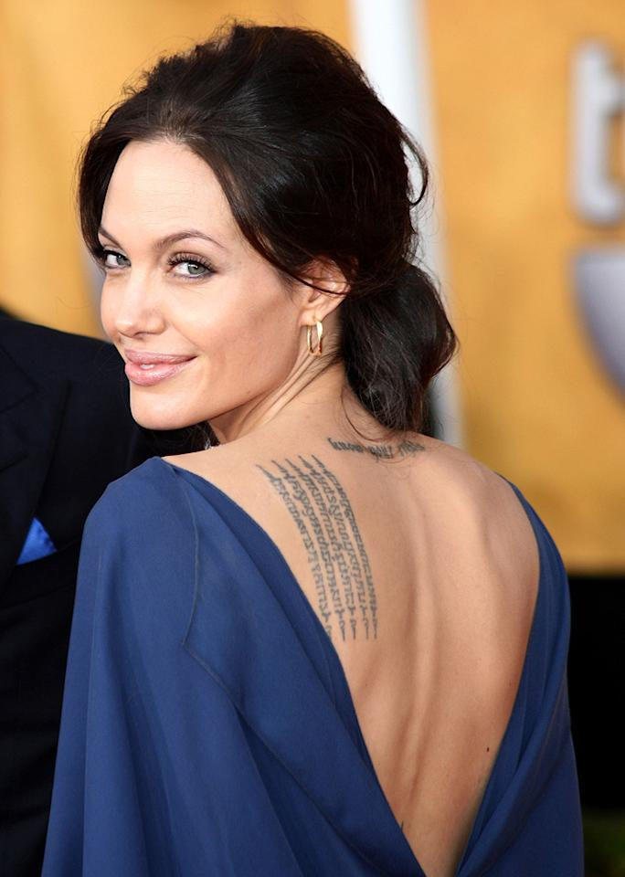 "<a href=""http://movies.yahoo.com/movie/contributor/1800019275"">Angelina Jolie</a> at the 15th Annual Screen Actors Guild Awards in Los Angeles - 01/25/2009"