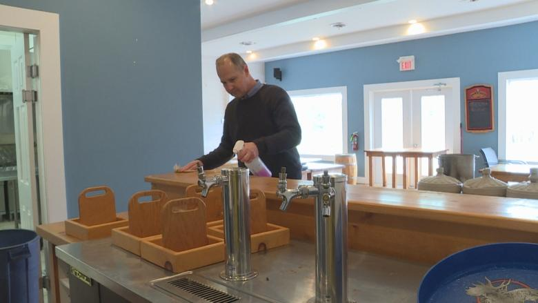P.E.I. restaurant in 'a crisis' as cook shortage threatens opening