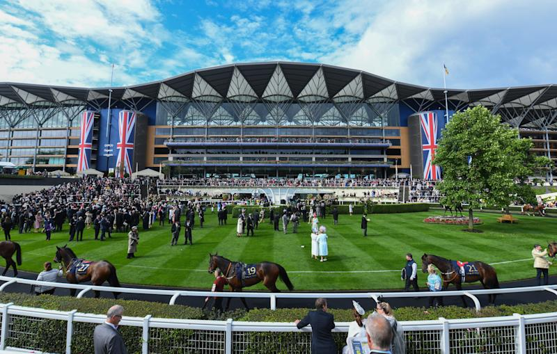 ASCOT, ENGLAND - JUNE 19: Atmosphere at Royal Ascot on June 19, 2019 in Ascot, England. (Photo by Eamonn M. McCormack/Getty Images for Longines )