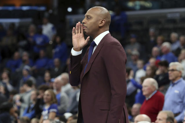 Memphis head coach Penny Hardaway calls to his players in the first half of an NCAA college basketball game against Jackson State Saturday, Dec. 21, 2019, in Memphis, Tenn. (AP Photo/Karen Pulfer Focht)
