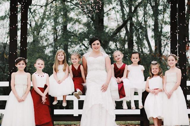 Bride Jennifer Wright, center, and eight of the children from her ceremony. (Photo: Krystal Hammond and Abbgail Pugh)