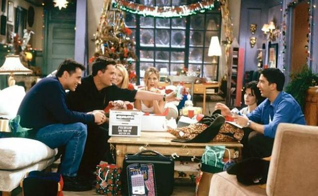 Ranking The 'Friends' Christmas Episodes On Their Holiday Cheer