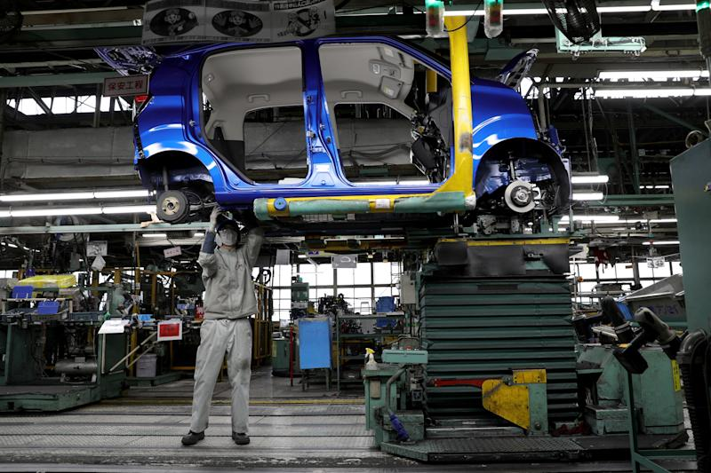 Global Manufacturing Shrinks Amid Wall Street Recession Warning