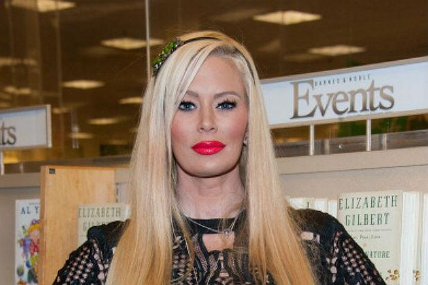 Jenna Jameson Compares Muslims To Kkk, Defends Milo -8698