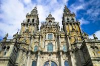 """<p>Cathedrals are not only some of the most striking architectural wonders of religious history, but history on a global scale. Architecture of these religious structures influenced the growth of iconic movements, <a href=""""https://www.veranda.com/luxury-lifestyle/a32166035/gothic-revival-style/"""" rel=""""nofollow noopener"""" target=""""_blank"""" data-ylk=""""slk:particularly Gothic and its related variants"""" class=""""link rapid-noclick-resp"""">particularly Gothic and its related variants</a>, and served as inspiration for some of history's most renowned creatives, like Leonardo da Vinci and Pierre Charles L'Enfant.</p><p>We've scoured the globe for the world's most beautiful cathedrals, from Mexico City to Moscow, and came across both famous and lesser-known architectural masterpieces. From the flying buttresses of<a href=""""https://www.veranda.com/travel/g30095793/beautiful-churches-in-paris/"""" rel=""""nofollow noopener"""" target=""""_blank"""" data-ylk=""""slk:Paris's best cathedrals"""" class=""""link rapid-noclick-resp""""> Paris's best cathedrals</a> to the domes of Alexander Nevsky Cathedral in Kiev, these beautiful cathedrals of the world are sure to inspire your next trip across the pond—or country. </p>"""