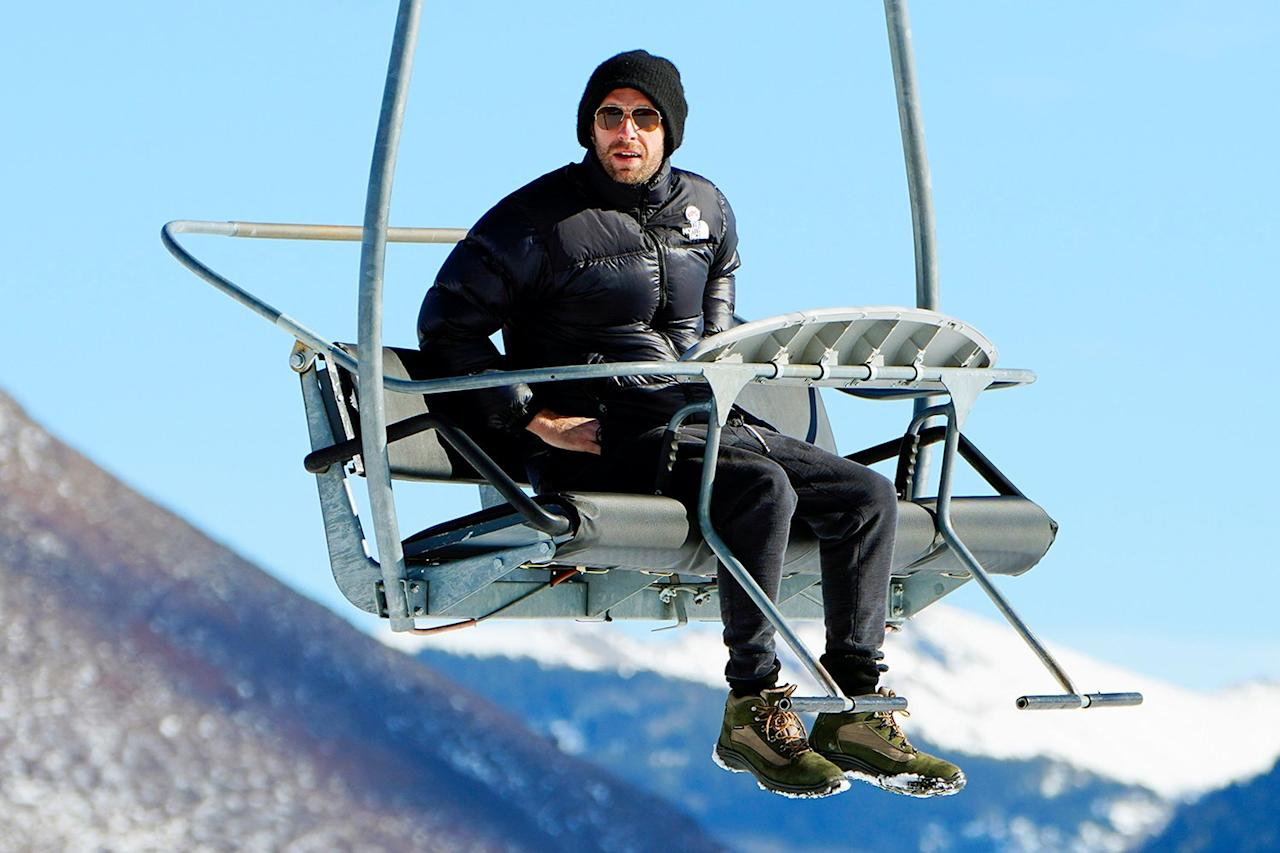 Chris Martin takes a ski lift in Aspen, Colorado—sans ski gear—on Christmas Eve.