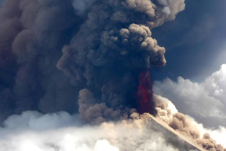 Between 7,000 and 13,000 people are believed to have been displaced by Mount Ulawun's eruption (AFP Photo/Craig Powell)