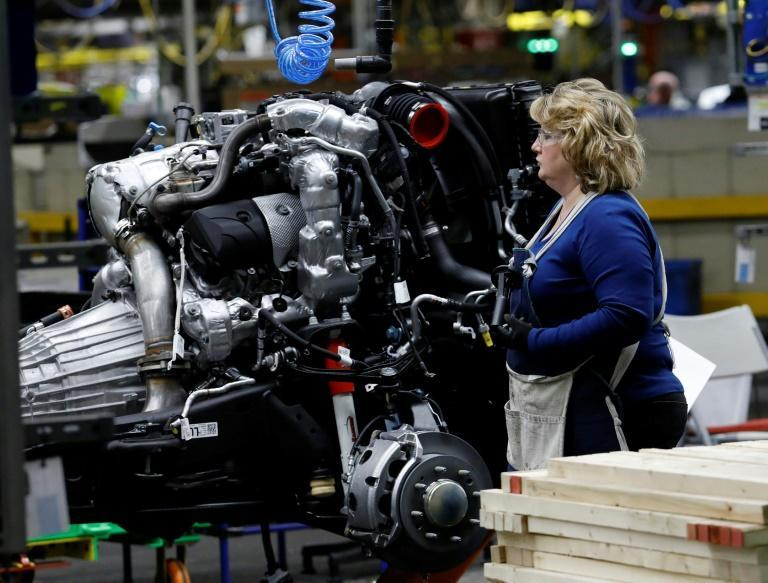 US auto production fell sharply in September, its second consecutive monthly drop, holding down total manufacturing output