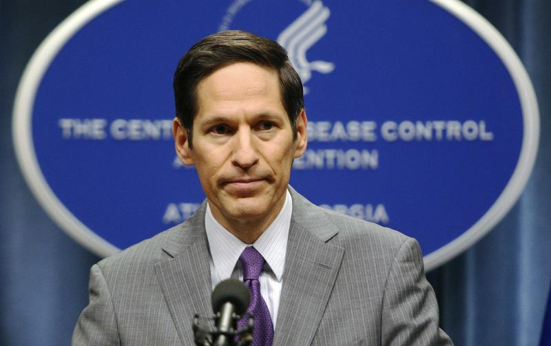 Centers for Disease Control and Prevention (CDC) Director Dr. Thomas Frieden speaks at the CDC headquarters in Atlanta, Georgia in this September 30, 2014 file photo. A health worker in Texas at the hospital where the first person diagnosed with Ebola in the United States died last week has tested positive for the deadly virus in a preliminary test, the state's health department said on October 12, 2014.    REUTERS/Tami Chappell/Files   (UNITED STATES - Tags: HEALTH)