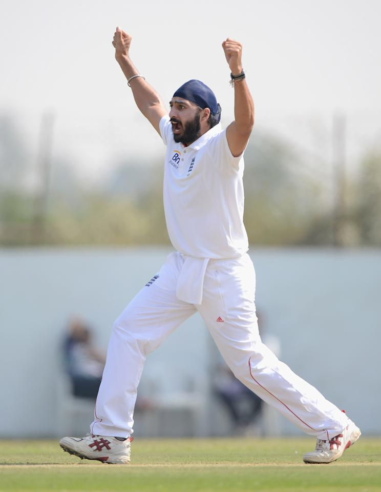 AHMEDABAD, INDIA - NOVEMBER 09:  Monty Panesar of England appeals during day two of the tour match between England and Haryana at Sardar Patel Stadium ground B on November 9, 2012 in Ahmedabad, India.  (Photo by Gareth Copley/Getty Images)