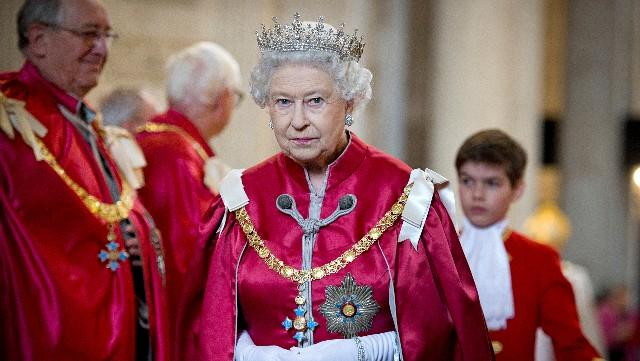 Intruder scaled Buckingham Palace walls as Queen slept