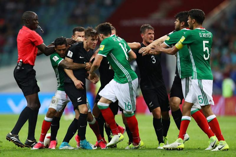 Mexico recovers to beat NZ 2-1 in fiery Confed Cup game