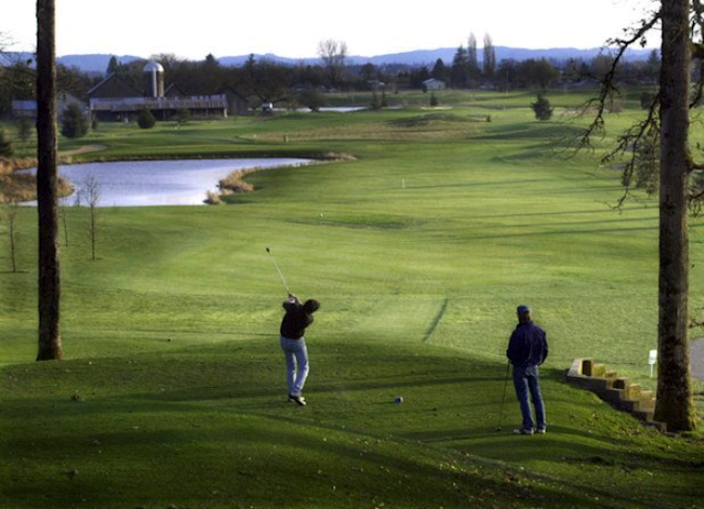 A scorecard error lead to the disqualification of 12 high school golfers in Oregon's state high school golf tournament.