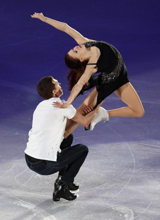 Figure Skating - Pyeongchang 2018 Winter Olympics - Gala Exhibition - Gangneung Ice Arena - Gangneung, South Korea - February 25, 2018 - Ekaterina Bobrova and Dmitri Soloviev, Olympic athletes from Russia, perform. REUTERS/Lucy Nicholson