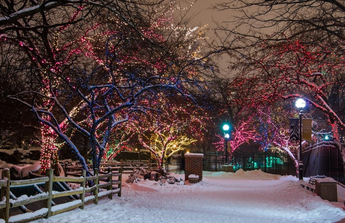 The world s 15 best places for celebrating christmas for Best places to visit during christmas