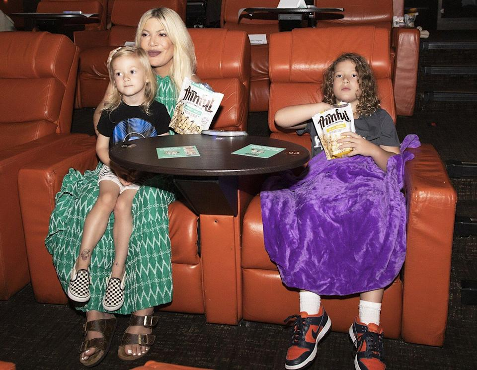 Tori Spelling and two kids Beau and Finn spent Saturday afternoon snacking on Thinful Guiltess Snack Mix at IPIC watching Space Jam: A New Legacy.