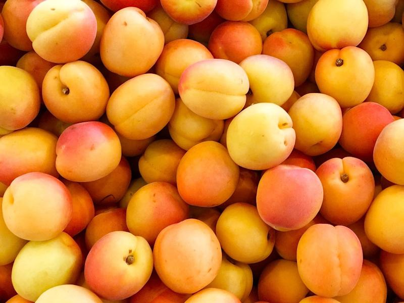 Here's How to Pick the Best Peaches Every Single Time