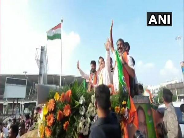 BJP president JP Nadda welcomed by party leaders CT Ravi and L Murgan in Chennai. (Photo/ANI)
