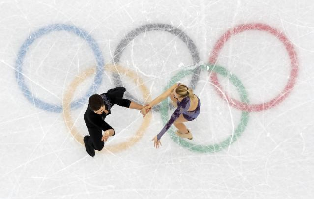 Figure Skating - Pyeongchang 2018 Winter Olympics - Ice Dance short dance competition - Gangneung Ice Arena - Gangneung, South Korea - February 19, 2018 - Zachary Donohue and Madison Hubbell of the U.S. perform. REUTERS/Damir Sagolj