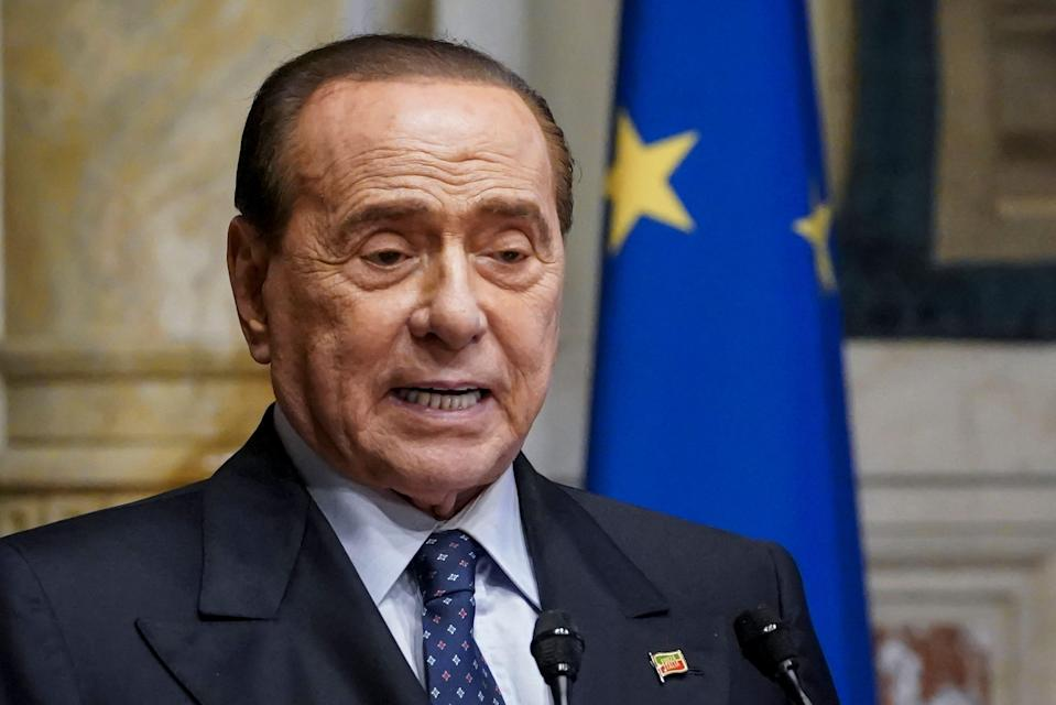 El ex primer ministro de Italia Silvio Berlusconi. (Photo: AM POOL via Getty Images)