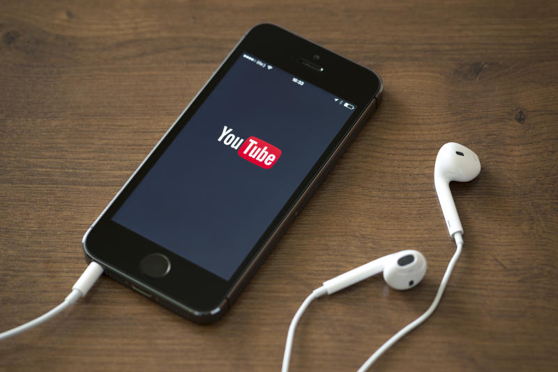 YouTube TV Launches With Two Amazing Freebies