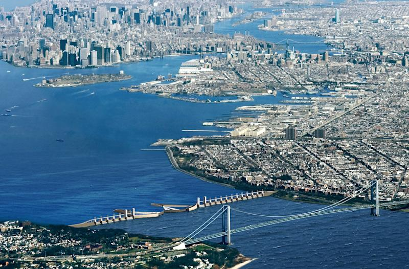 Experts: NYC sea barrier could have stopped surge