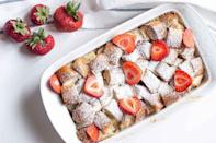 """<p>If you're looking for <a href=""""https://www.thedailymeal.com/cook/recipes-finish-bread-loaf?referrer=yahoo&category=beauty_food&include_utm=1&utm_medium=referral&utm_source=yahoo&utm_campaign=feed"""" rel=""""nofollow noopener"""" target=""""_blank"""" data-ylk=""""slk:the best recipes to finish off a loaf of bread"""" class=""""link rapid-noclick-resp"""">the best recipes to finish off a loaf of bread</a>, look no further than <a href=""""https://www.thedailymeal.com/best-recipes/brioche-bread-pudding-bourbon?referrer=yahoo&category=beauty_food&include_utm=1&utm_medium=referral&utm_source=yahoo&utm_campaign=feed"""" rel=""""nofollow noopener"""" target=""""_blank"""" data-ylk=""""slk:bread pudding"""" class=""""link rapid-noclick-resp"""">bread pudding</a>. At least, that's what Alaskans do.</p>"""