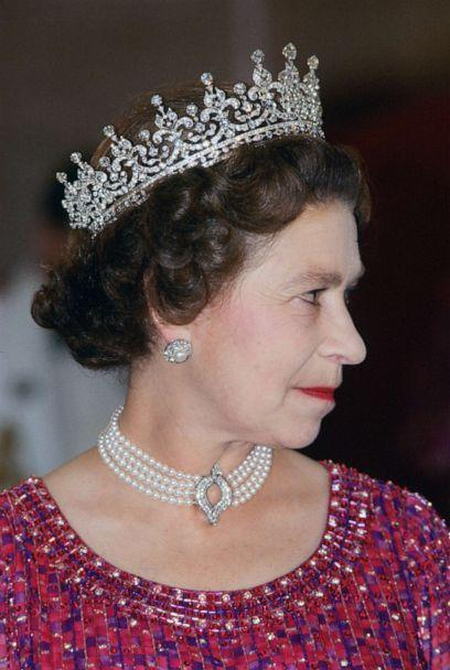 PHOTO: Queen Elizabeth II wears a four strand diamond and pearl choker with 'Granny's Tiara' to an engagement on Nov. 16, 1983 in Bangladesh. (Tim Graham Photo Library via Getty Images, FILE)