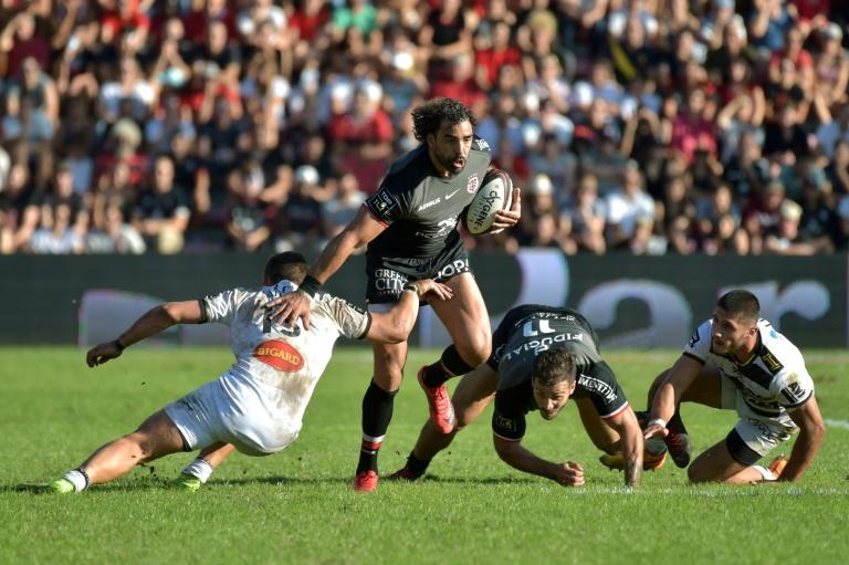 Yoann Huget was one of five try-scorers for Toulouse in their win over La Rochelle